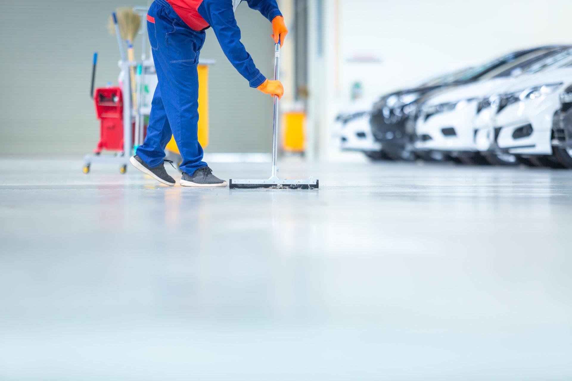 تمیز کردن کفپوش اپوکسی پارکینگ